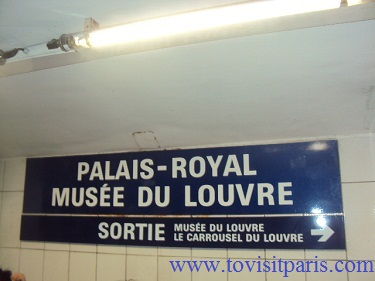Palais-royal metro station