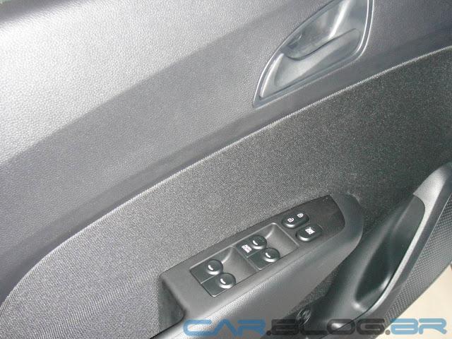 Hyundai HB 20 Preto Onix - Comfort Plus - vidros elétricos