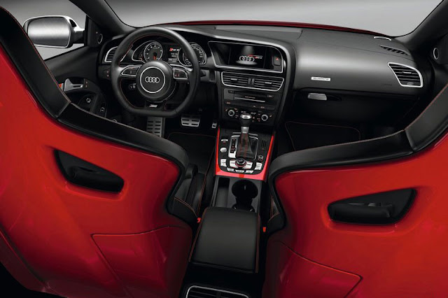 2012-Audi-RS5-Coupe-Rear-View-Interior