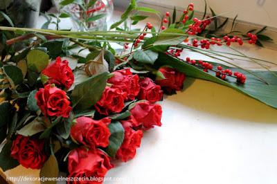 DIY mały bukiet z czerwonych róż krok po kroku