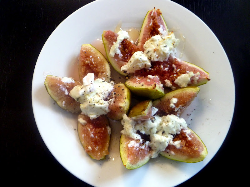 The Gourmet Student: Goat Cheese Stuffed Figs with Honey