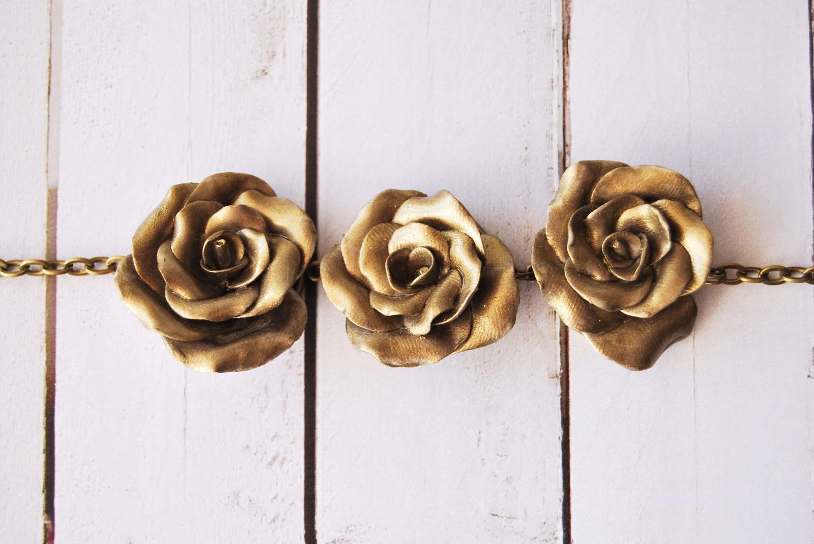 pulsera de rosas dorado antiguo