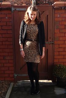 Leopard print dress, Day dress outfit, classic outfits