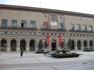 Rebaja de sueldos en el Ayuntamiento de Zaragoza