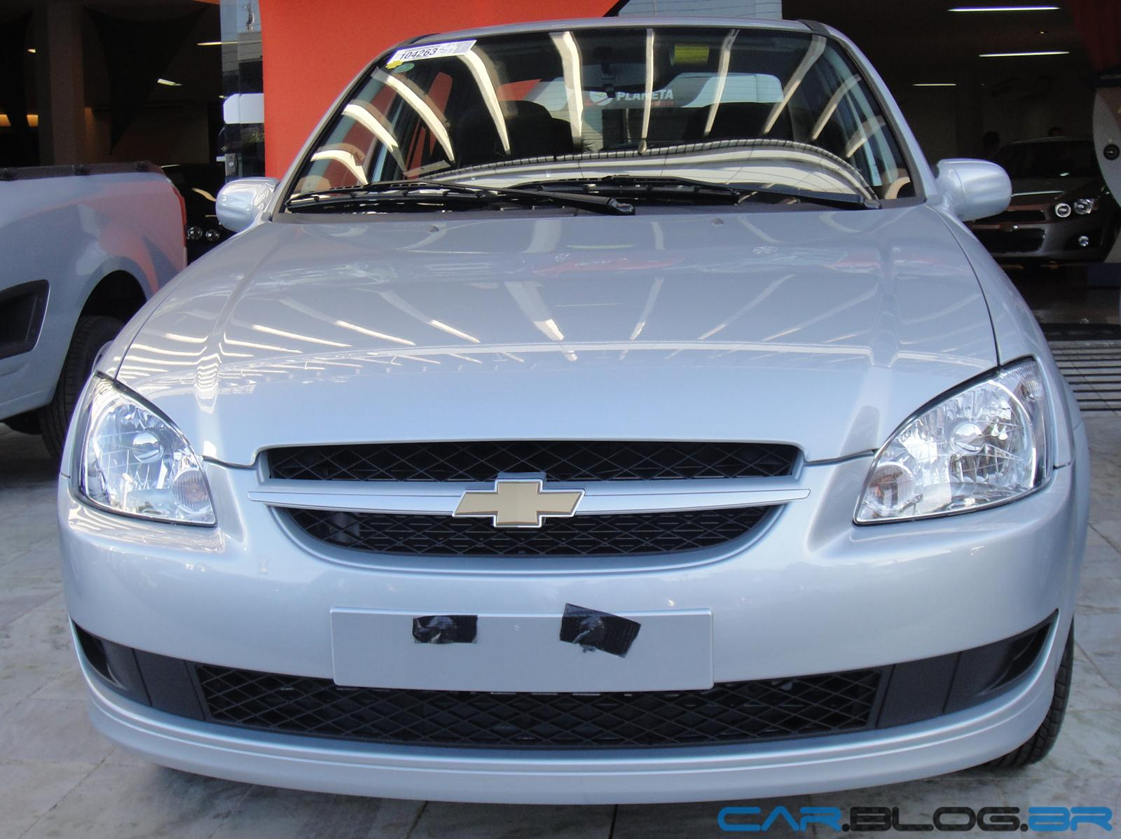 Chevrolet classic 2013 com abs e air bag