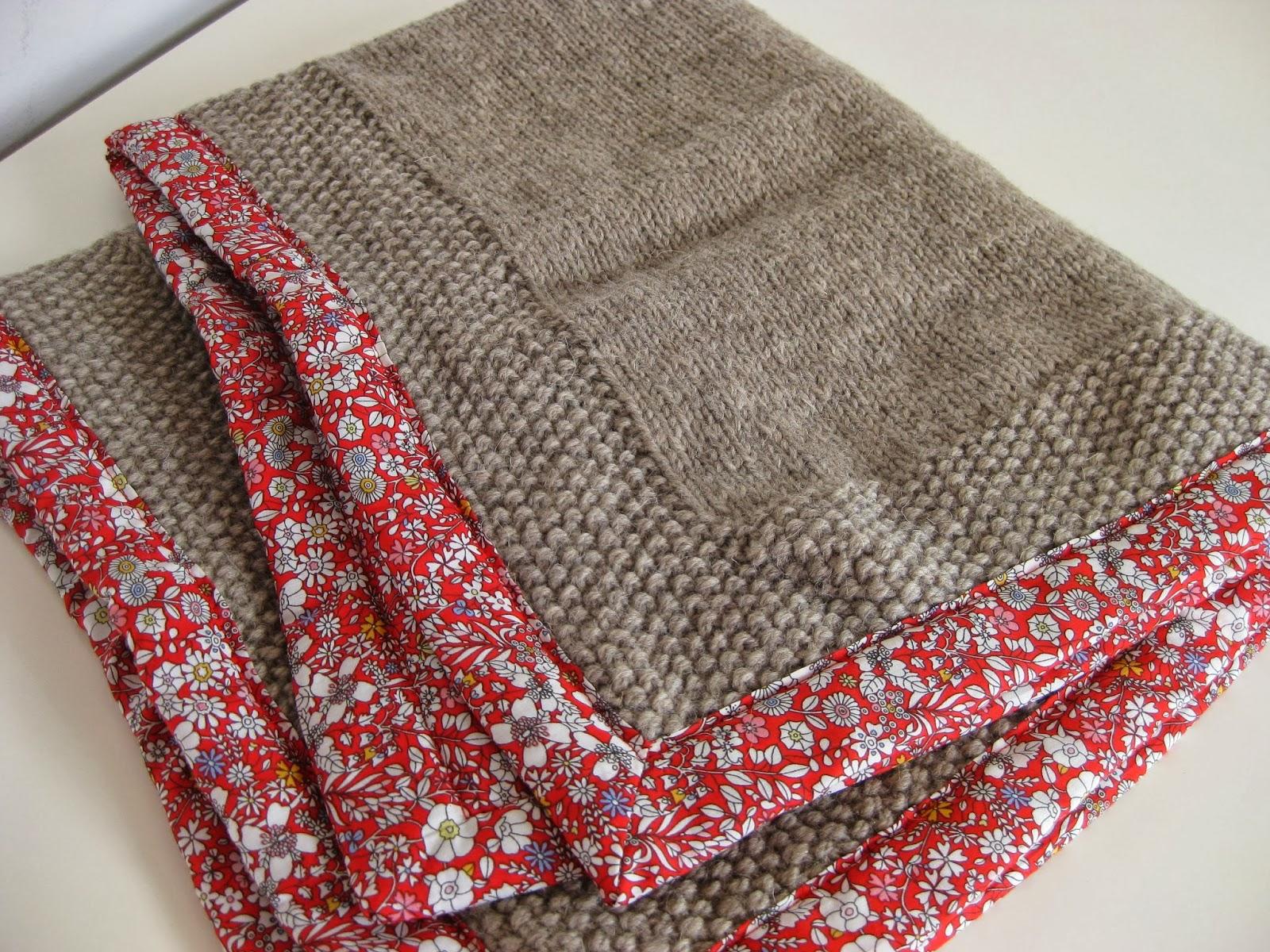 brune pas prune couverture en laine pour b b. Black Bedroom Furniture Sets. Home Design Ideas