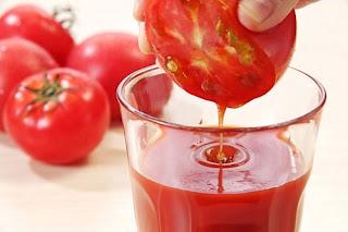 Bí kíp dùng cà chua để tẩy lông chân2