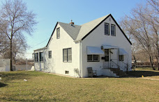 SALE PENDING! 4BR/2BA/2CAR w/Fenced 1/4 Acre Yard