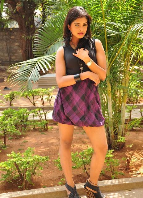 Sanchita padukonee tigh show
