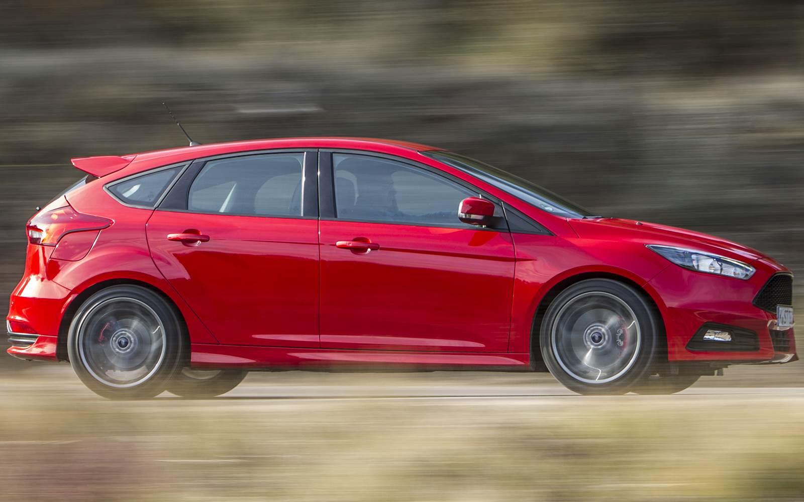 Novo Ford Focus ST 2015