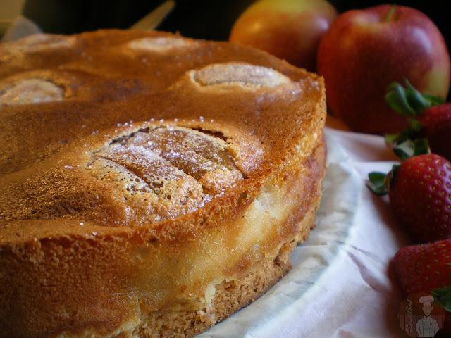 Pastel de manzana al estilo de Suabia. Recién horneada