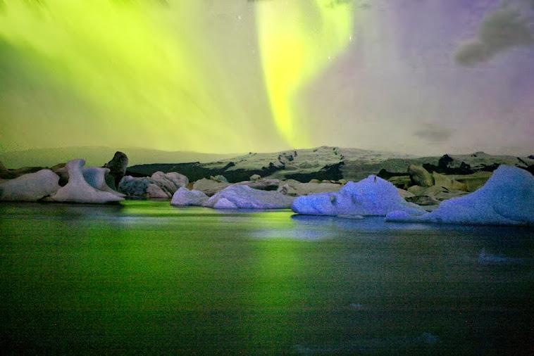 aurora in Jokulsärlon; Iceland