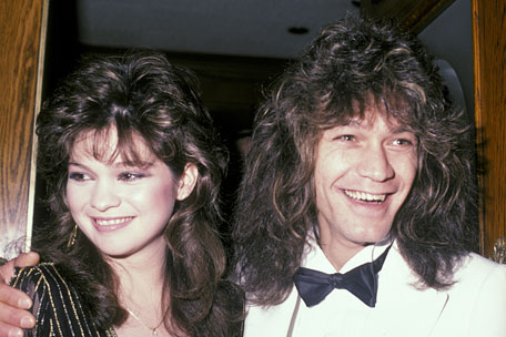 Couple uses old ouija board to name for How long were eddie van halen and valerie bertinelli married