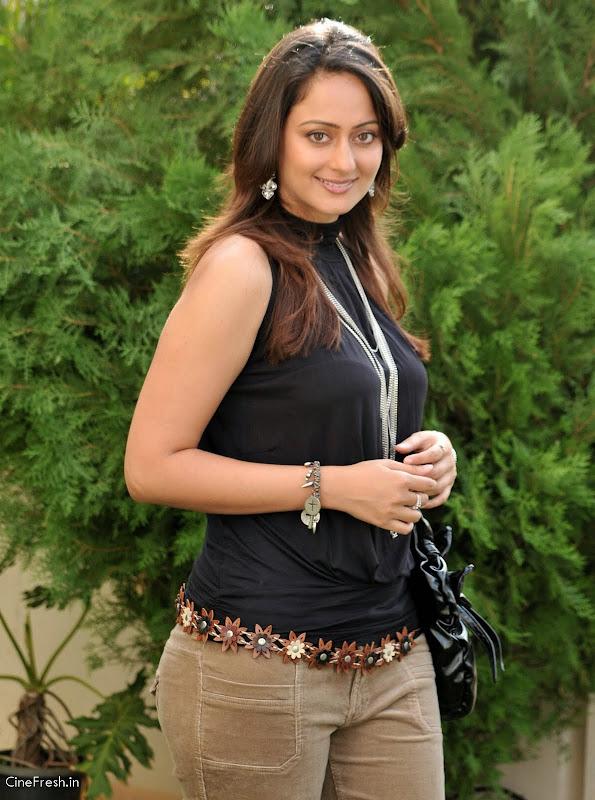 Kaveri Jha Hot Stills Actress Kaveri Jha Cute Photos glamour images