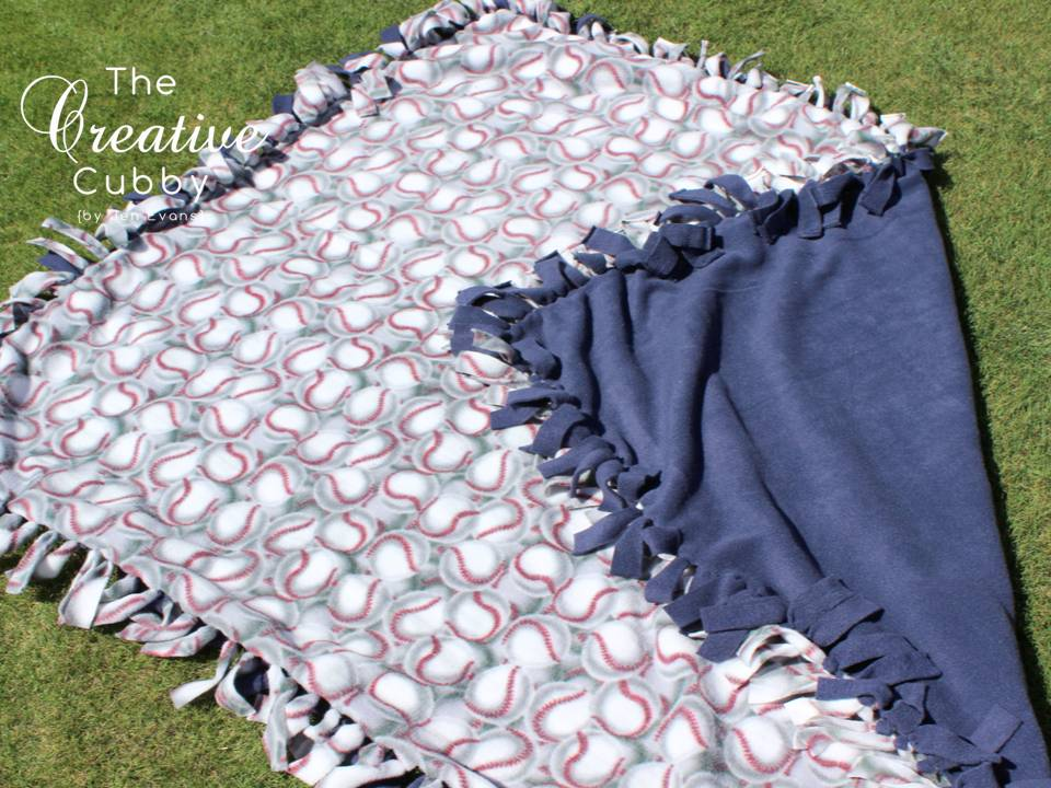 The Creative Cubby: No-Sew Fleece Blanket Tutorial