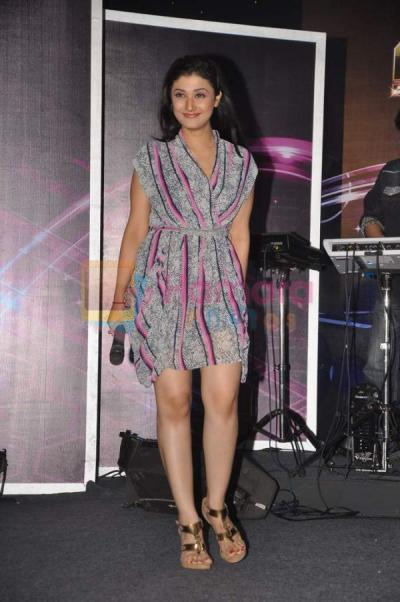 Ragini Khanna Hot and Sexy Legs