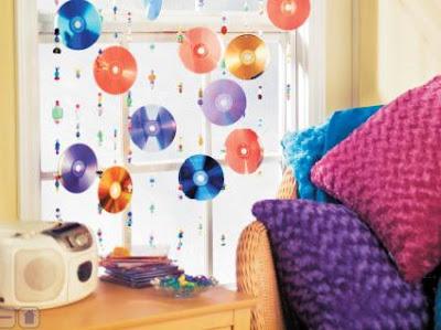 De mathaji para mathaji cortinas de material reciclado for Cd reciclados decoracion