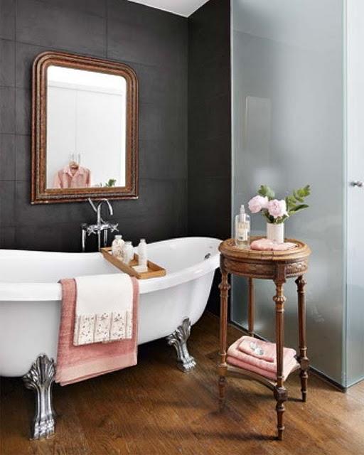 Beautiful things are love and dreams ideias para a casa for Salle de bain avec bain sur pattes