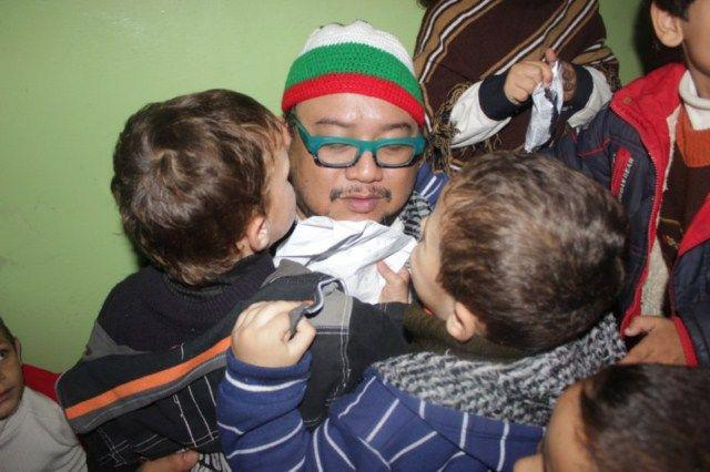 Afdlikn Shaui di Gaza 7 Dis 2012, aqsa asyarif bantuan gaza, afdlin duta bantuan, kanak gaza 2012, misi bantuan, artis terlibat,