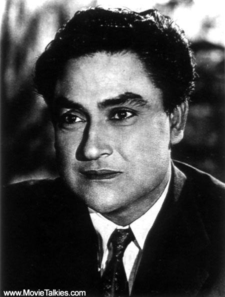 Actor Ashok Kumar profile, biography, movies & photo gallery