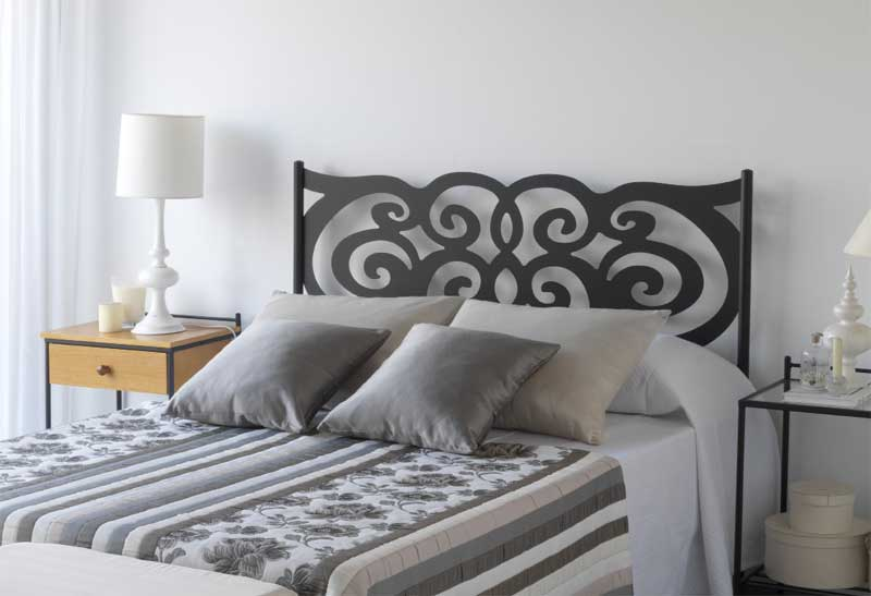 La web de la decoracion y el mueble en la red cabeceros for Cabeceros de forja baratos