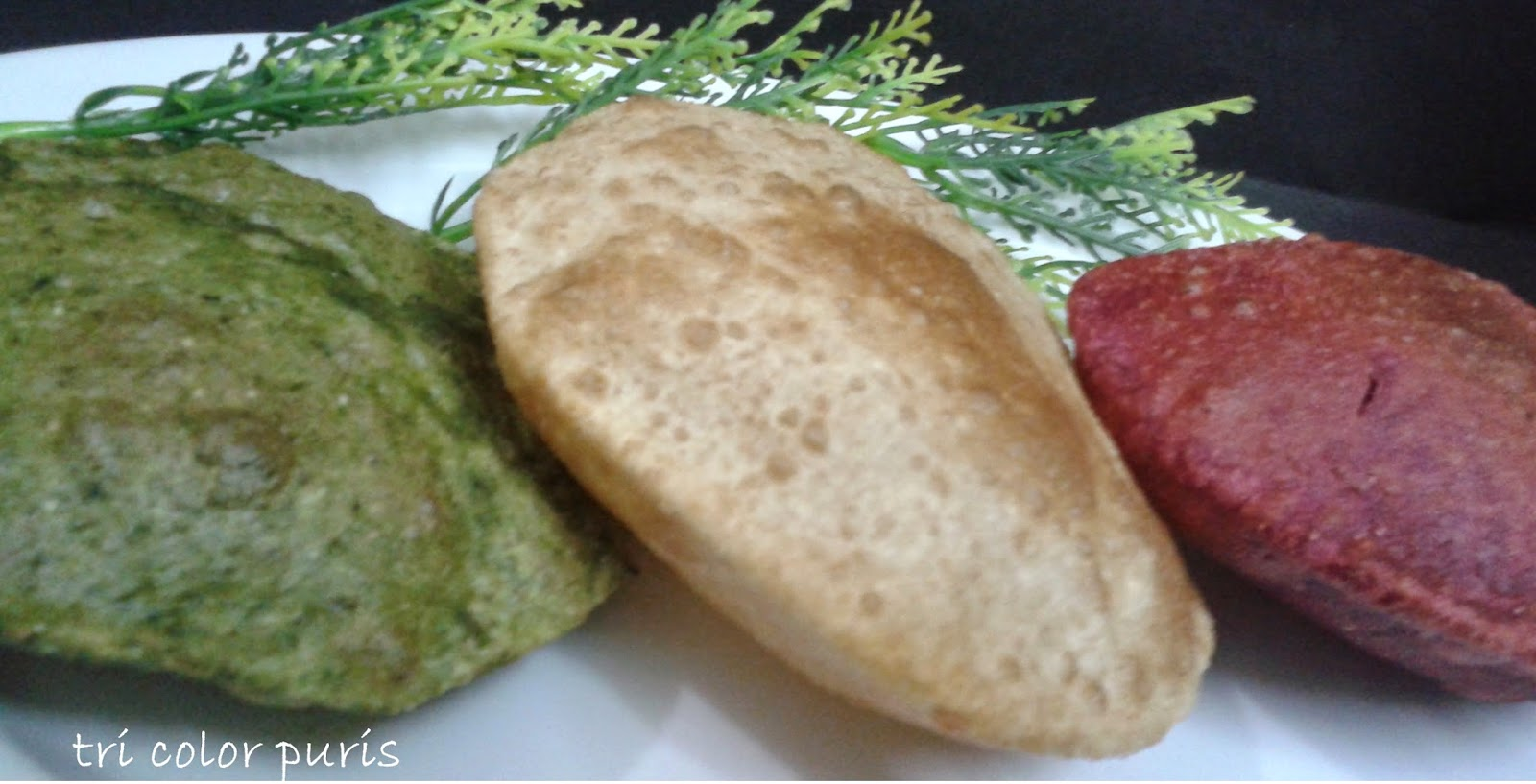 http://www.paakvidhi.com/2015/03/tri-color-puris.html