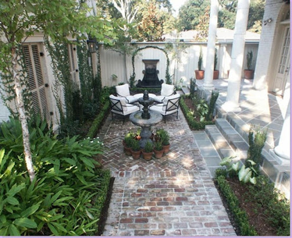 Alamodeus captivated by courtyards for French style courtyard ideas