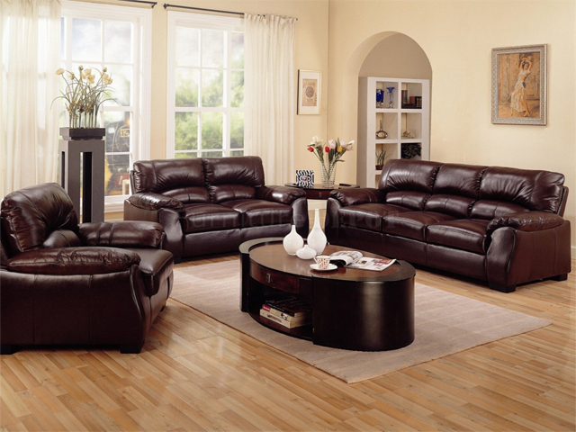 Living room decorating ideas with brown leather furniture for Brown couch living room
