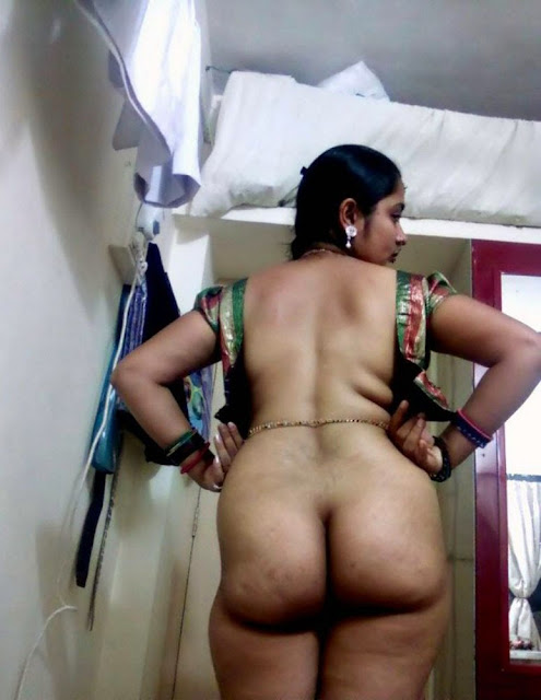 Desi Poornima bhabhi showing hairy puusy big ass photo