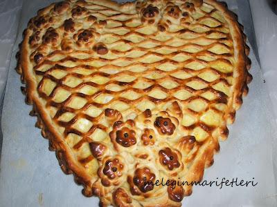 Kafesli kalp çörek