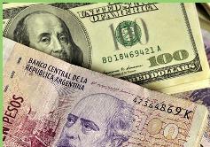 Mercado negro de dólares en Argentina es irresistible para turistas