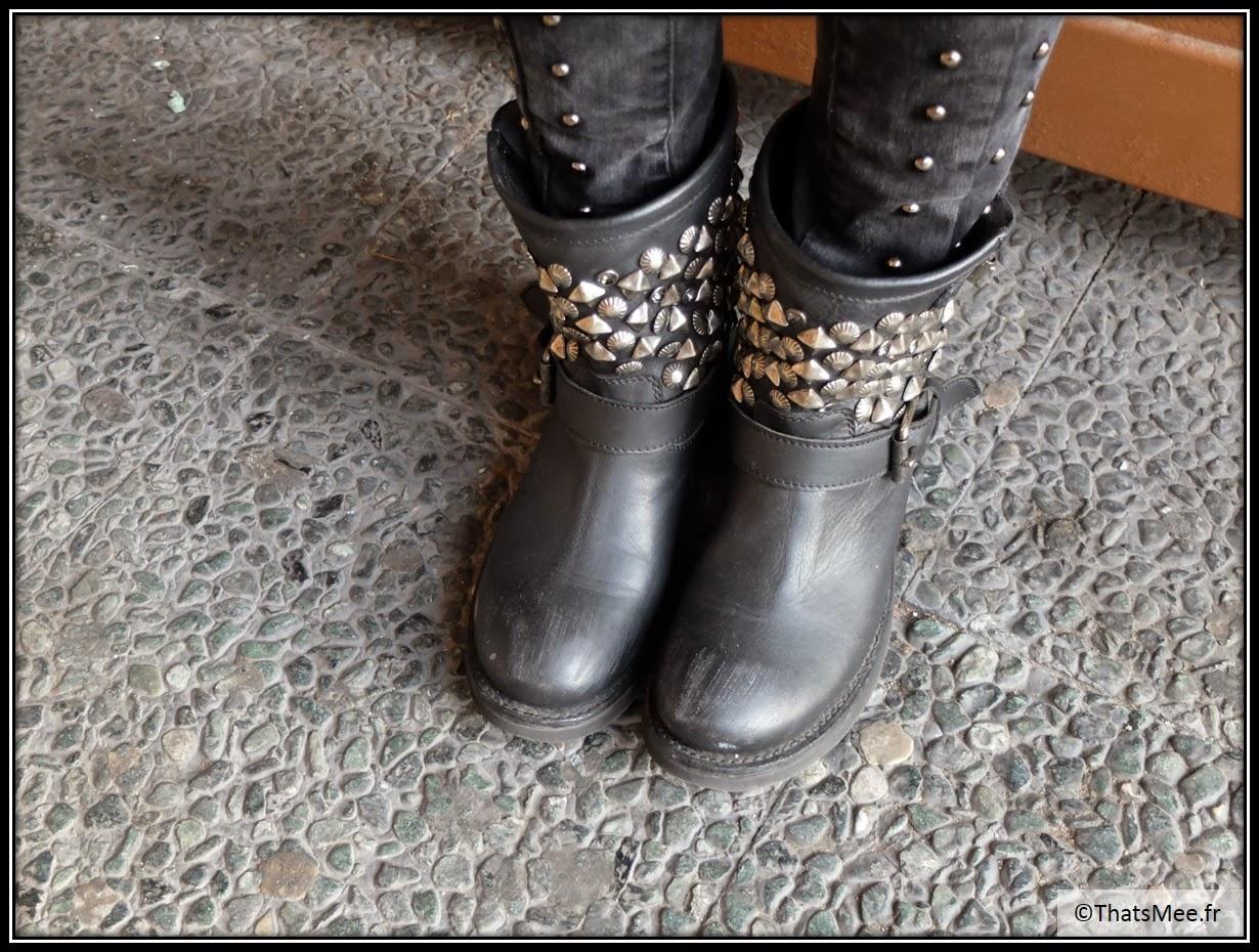 sac balenciaga fuchsia rose, gilet poils longs noir Garfield Shop Paris 16eme  rue Auteuil longs mouton, veste clous H&M noire, veste en cuir noir femmes Kookai, boots clous Ash