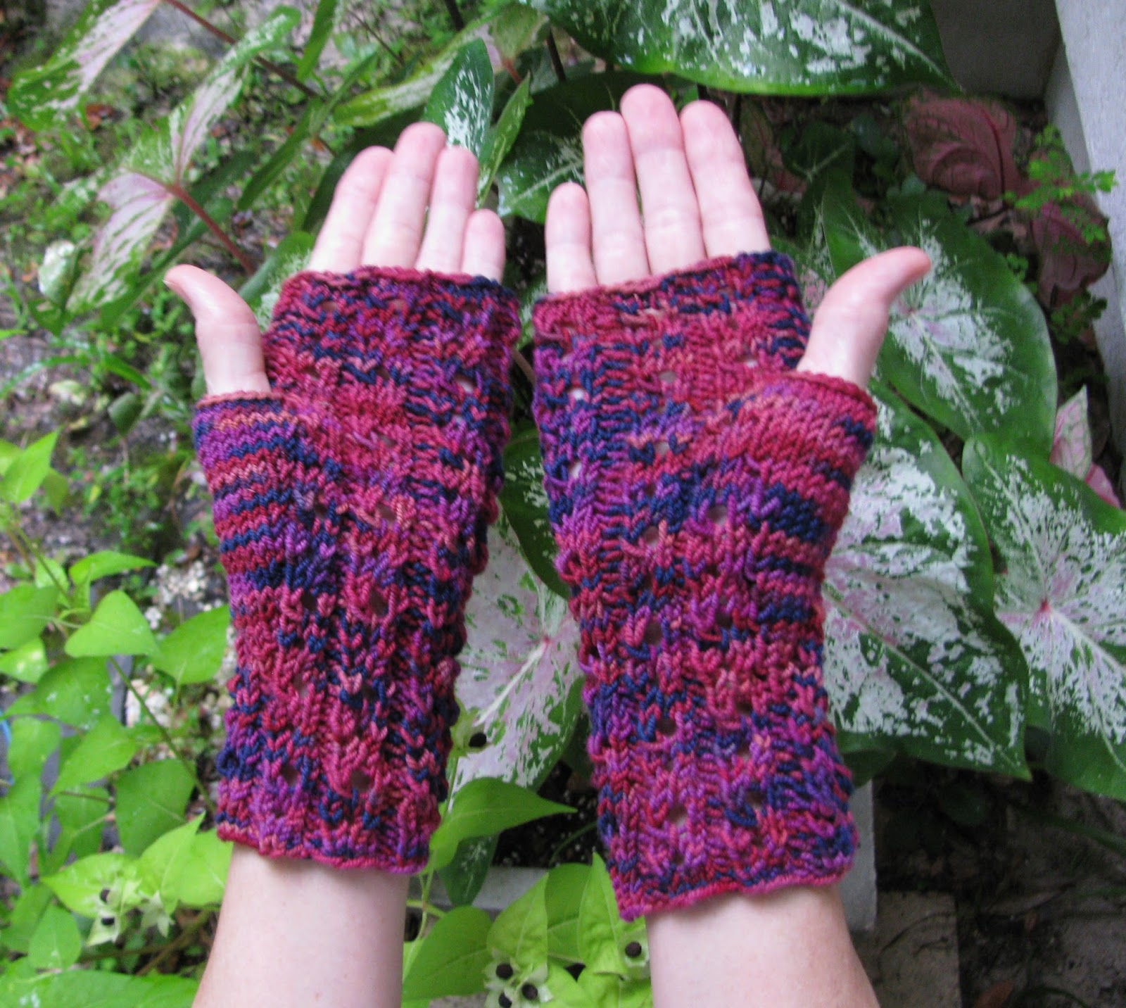 Knitting Yarn Over Continental Style : Yarn over knit together anastasia fingerless gloves