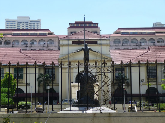 Oblation statue in University of the Philippines - Manila campus