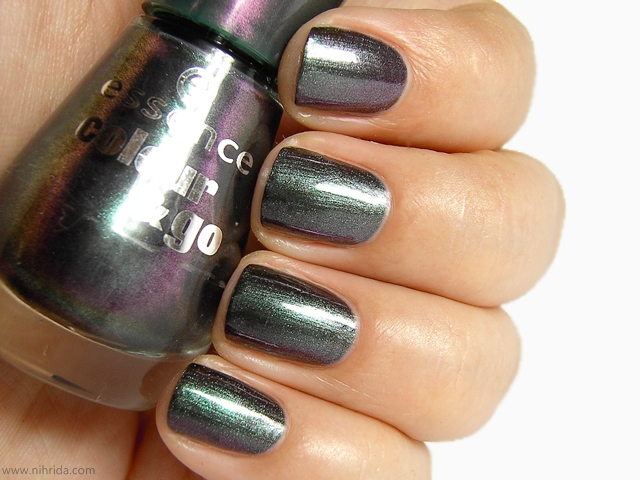 Essence Colour &amp; Go Nail Polish in Chic Reloaded