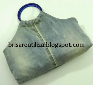 http://brisareutiliza.blogspot.com.es/2014/09/bolso-de-jeans-vaqueros-o-mezclilla.html