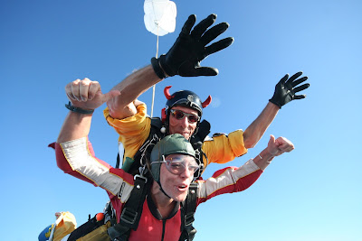 andy pandy skydiving