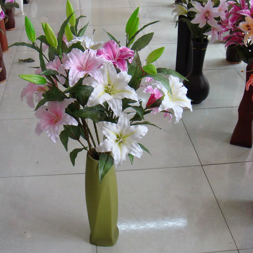 Beautify your home decor by adding artificial flowers - Silk flower arrangement ideas ...