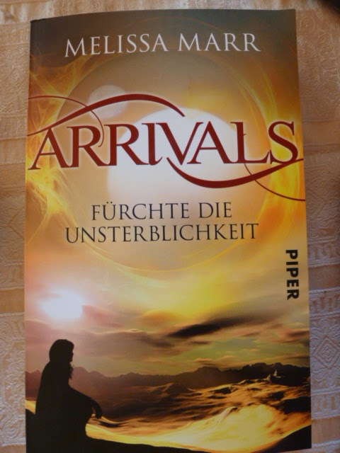 http://www.lenasbuecherwelt.blogspot.de/2014/03/rezension-melissa-marr-arrivals-furchte.html