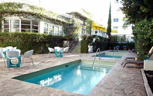 Most Beautiful Backyard Swimming Pools : World Amazing Gallery World Most Beautiful Swimming Pools
