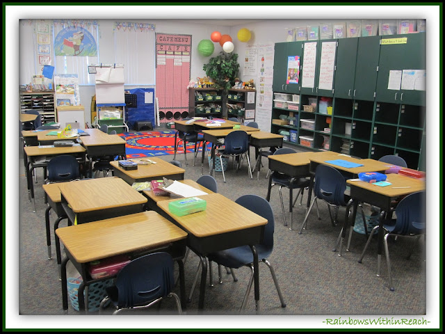 Classroom Organization and Layout (Classroom Decor RoundUP at RainbowsWithinReach)