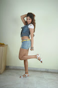 Komal Jha trendy Photo shoot Gallery-thumbnail-19