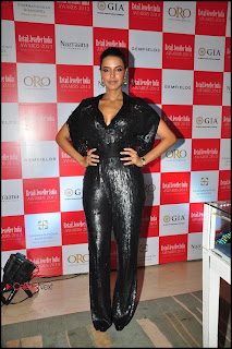 Neha Dhupia Pictures in Jumpsuit at 9th Retail Jeweller India Awards 2013 ~ Celebs Next