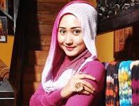 Tips Merawat Rambut Berjilbab Cantik