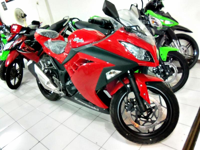 Harga Kredit Motor Kawasaki Ninja 250cc Terbaru
