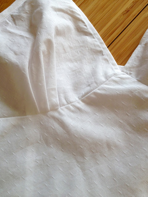 Diary of a Chain Stitcher: White Cotton Tilly and the Buttons Fifi Pyjama Set