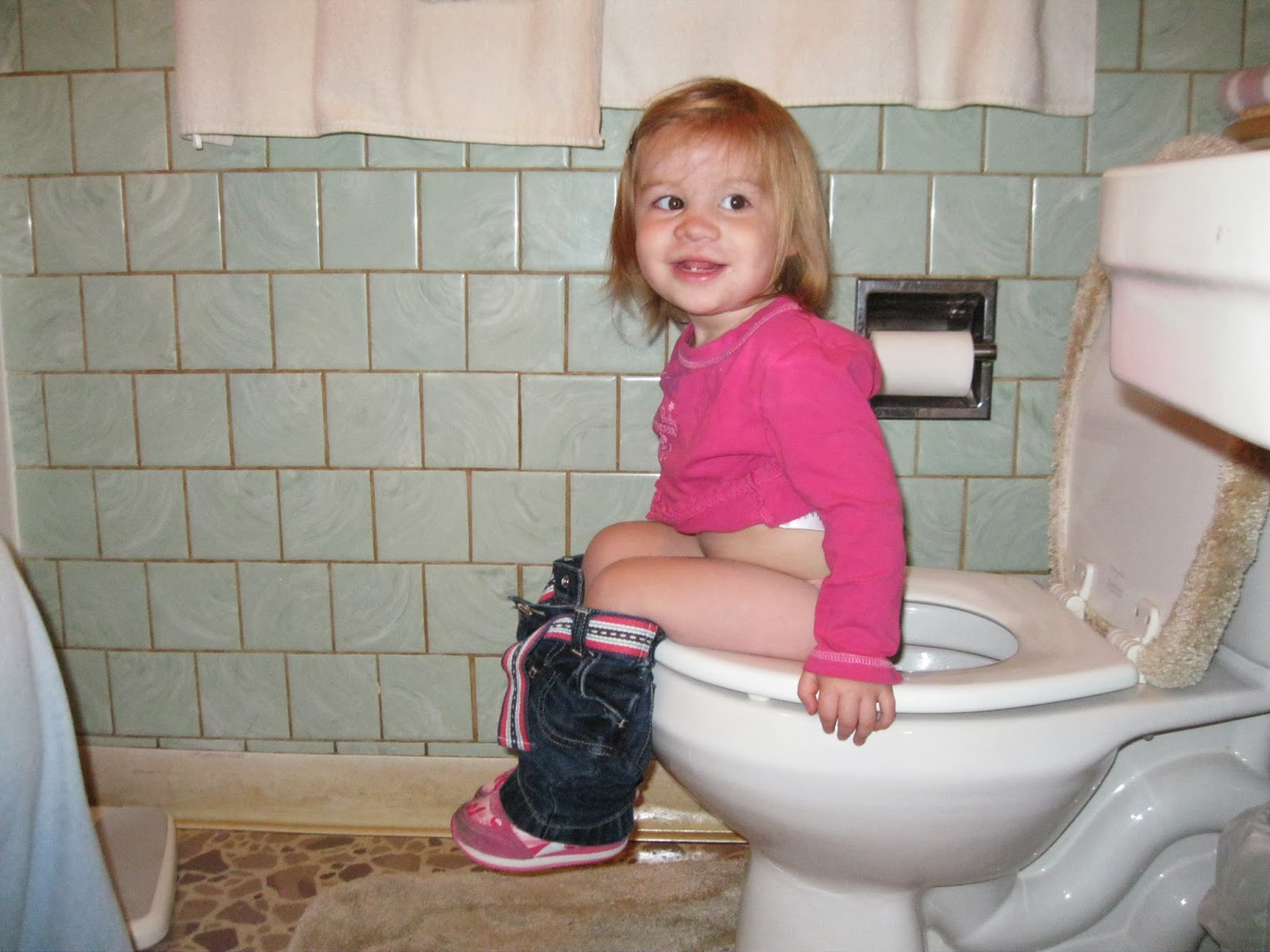 Chaotic Kids & Clutter: The Trickle-Down Theory of Parenting Dakota Fanning Period