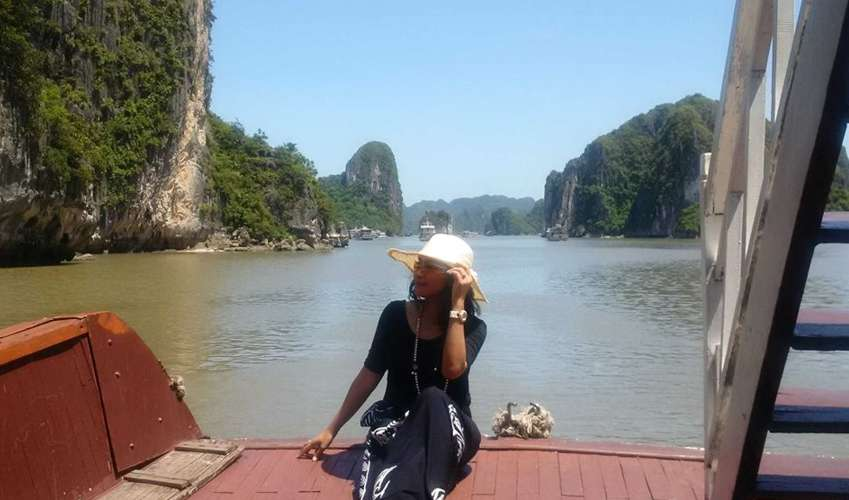 Menyusuri Keindahan dan Mistis di Halong Bay Vietnam