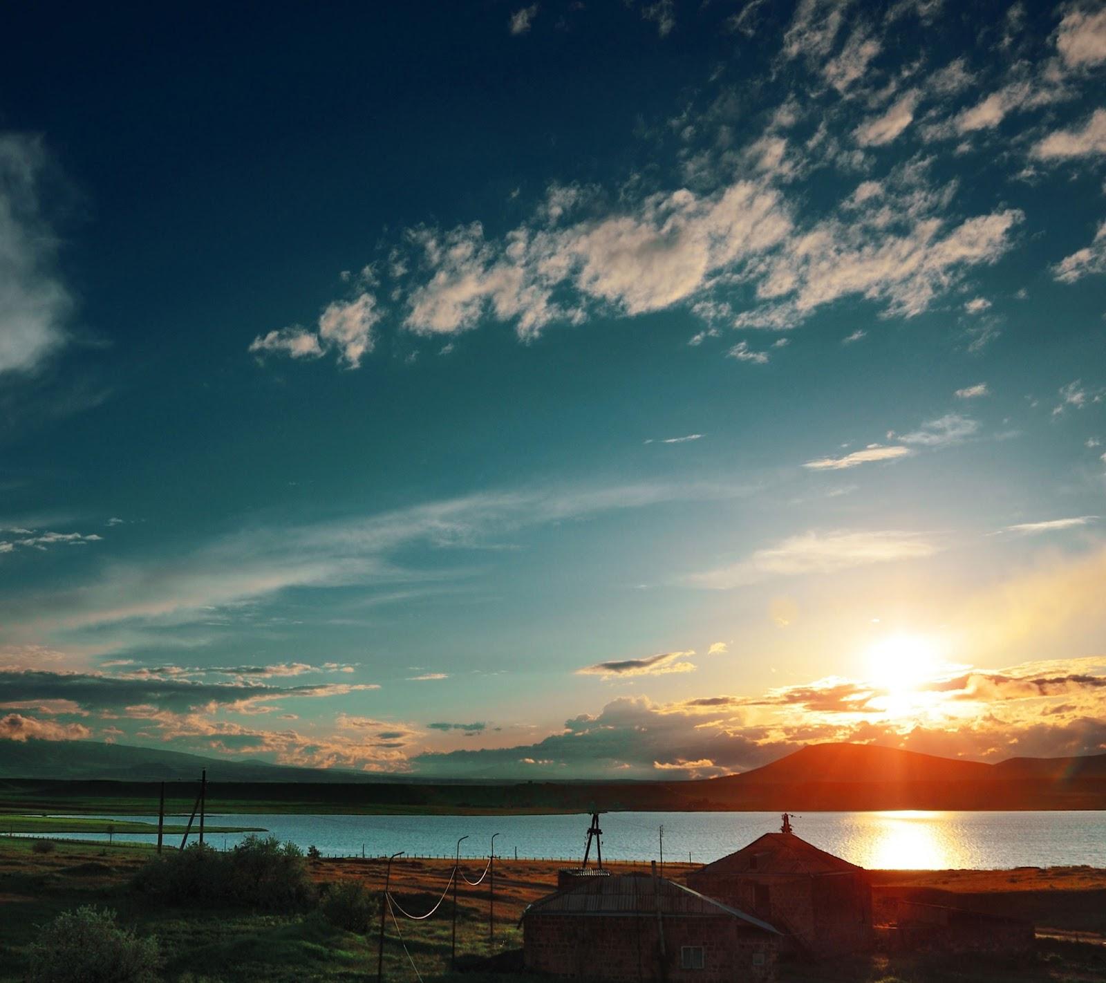 http://1.bp.blogspot.com/-KxcOlMA2_uc/UWmtX84CHhI/AAAAAAAAYIM/EXSf4Pejq74/s1600/armenia-sunset-samsung-galaxy-s4-wallpaper.jpg