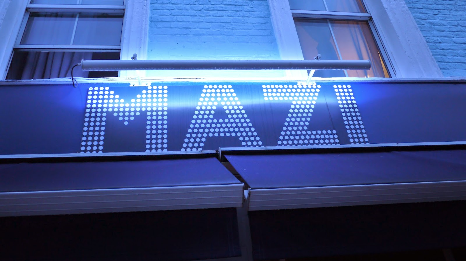 Mazi Notting Hill